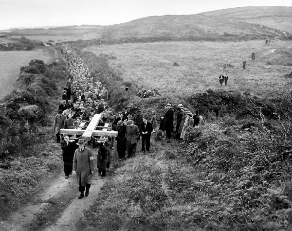 way_of_the_cross_1950s_Ireland
